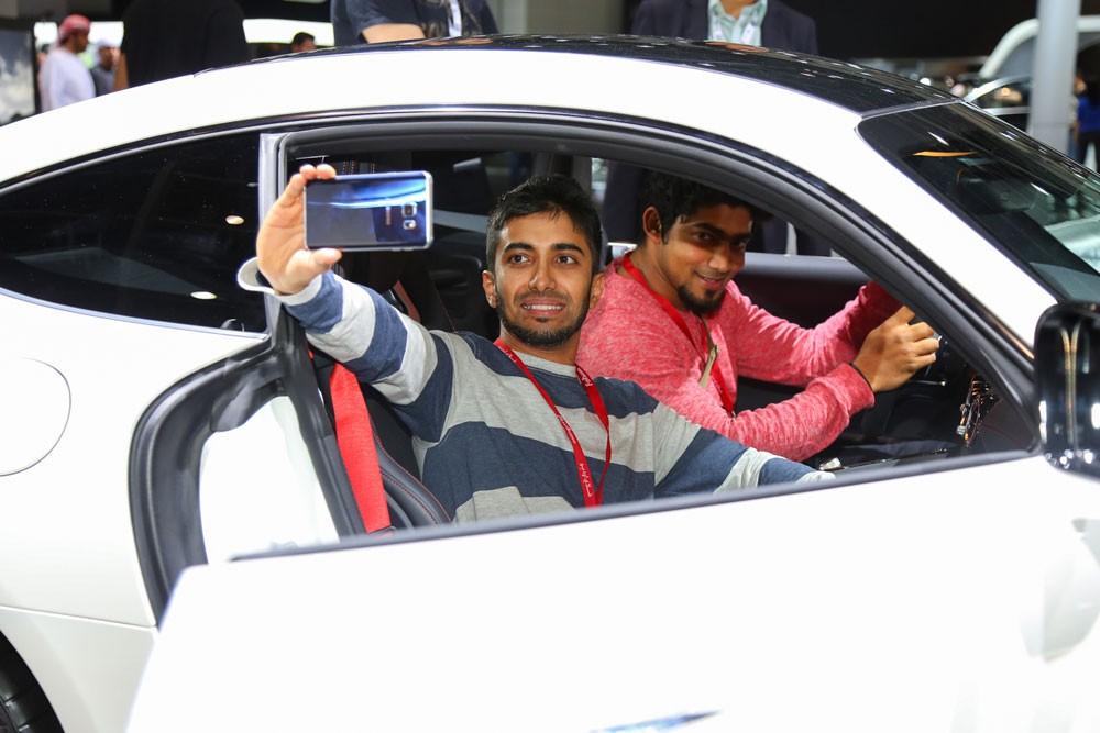 10 أسباب تجعل من دبي الدولي للسيارات الوجهة المفضلة للعائلات
