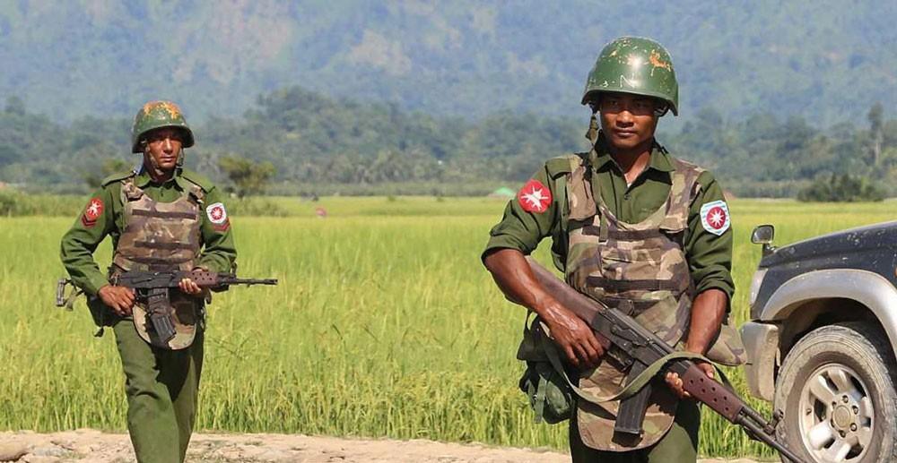ميانمار تستبدل قائد عملية راخين قبيل زيارة تيلرسون