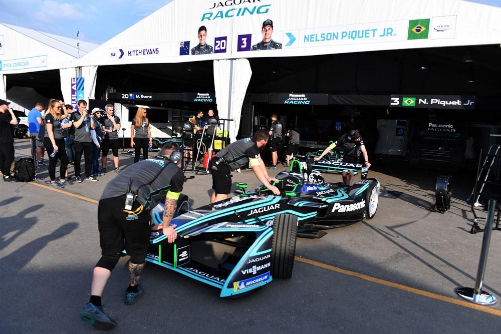 """فريق """"باناسونيك جاكوار"""" يتطلع للفوز في سباق مراكش للسيارات الكهربائية"""