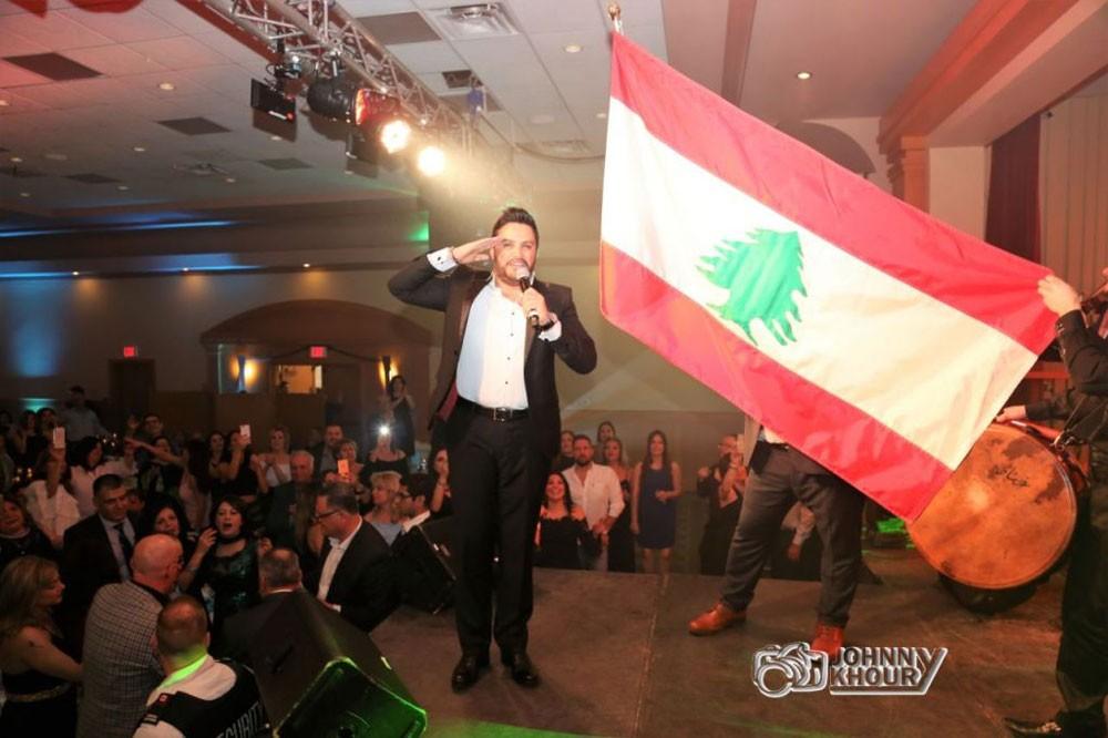 هشام الحاج يحيي حفلين ناجحين في كندا والعلم اللبناني يزيّن المسرح