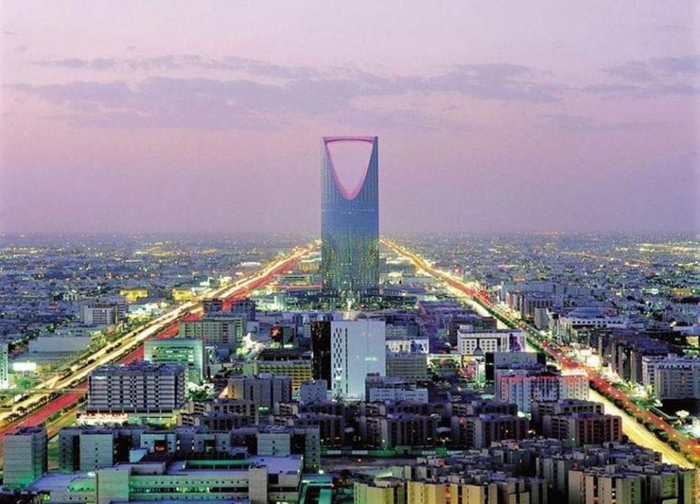 السعودية ستركز على إصدارات دين بالدولار والريال هذا العام