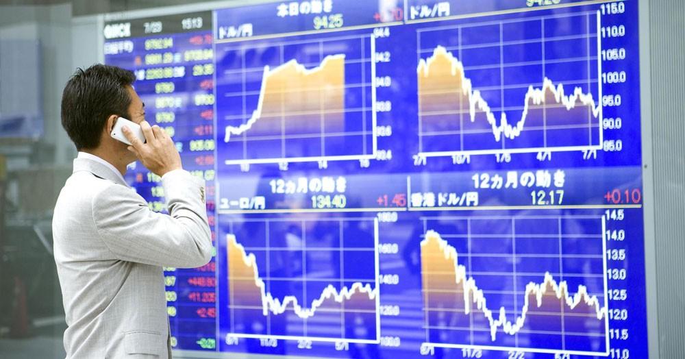 هبوط مؤشر نيكي 100 نقطة في تعاملات بورصة طوكيو
