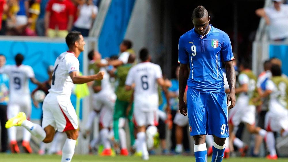 """مانشيني يدرس إعادة """"سوبر ماريو"""" إلى المنتخب الإيطالي"""