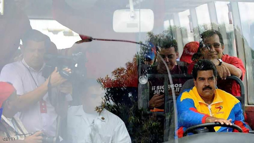 """الفنزوليون يحجمون عن الركوب في """"حافلة مادورو"""""""