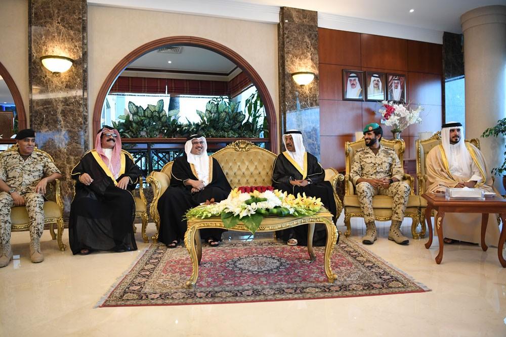 سمو ولي العهد : جهود مشرفة لقوة الدفاع في حماية مكتسبات البحرين الحضارية