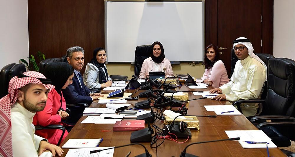 لجنة شؤون المرأة والطفل بمجلس الشورى تبحث مشروع حظر إشراك الأطفال في الدعاية الانتخابية