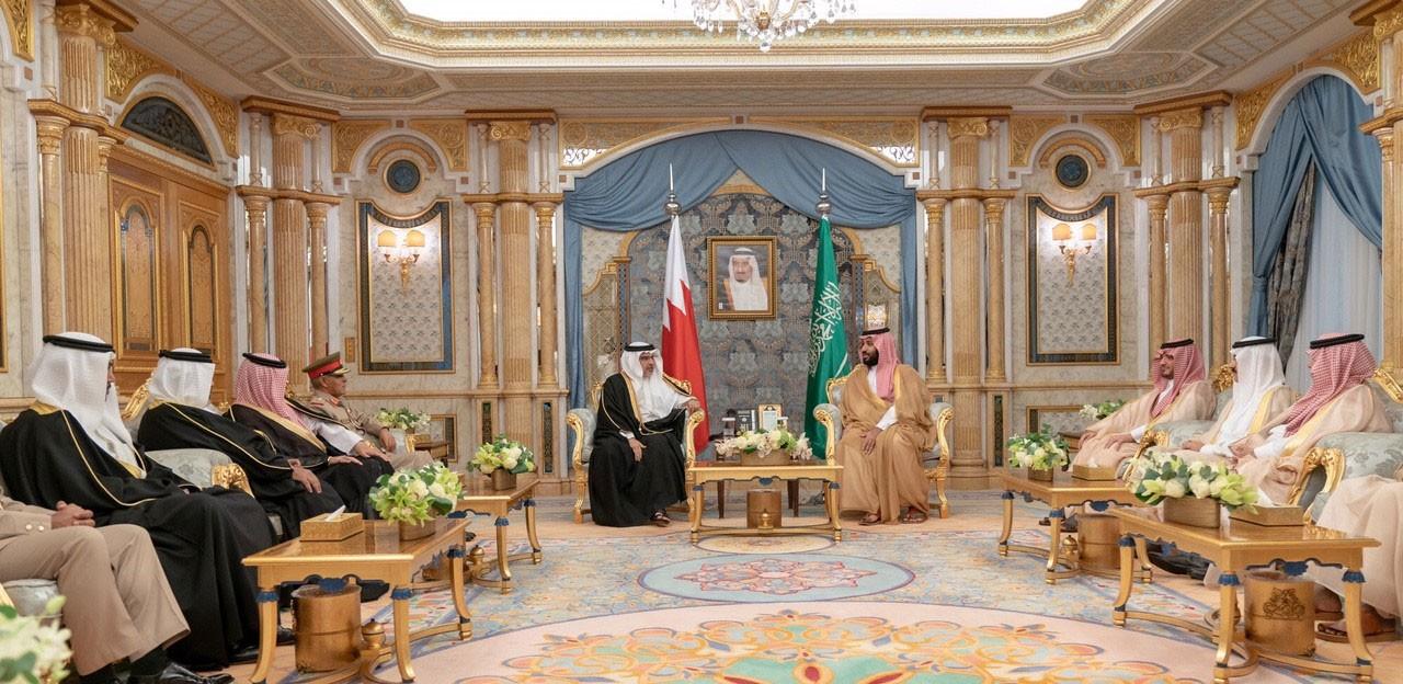 سمو ولي العهد يلتقي سمو الأمير محمد بن سلمان