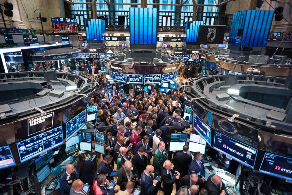 الأسواق الأمريكية تنهي آخر جلسات الأسبوع على ارتفاع