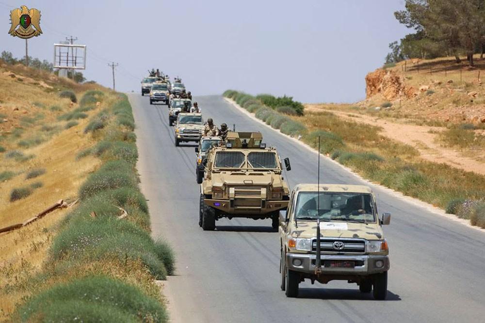 الجيش الليبي يقتحم آخر معاقل الإرهاب في درنة