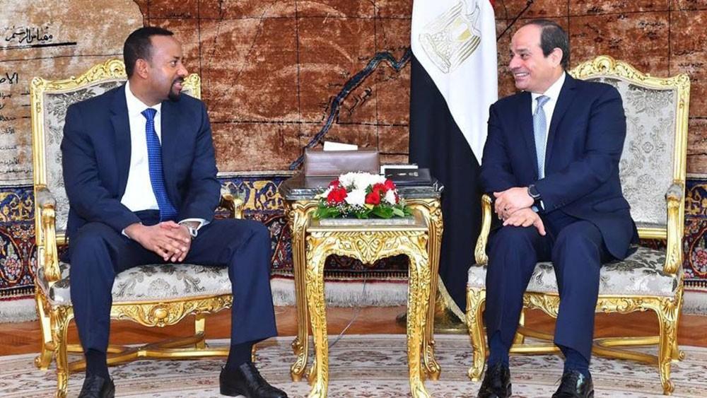 """رئيس وزراء إثيوبيا يستجيب للسيسي: """"والله لن نضر مصر"""""""