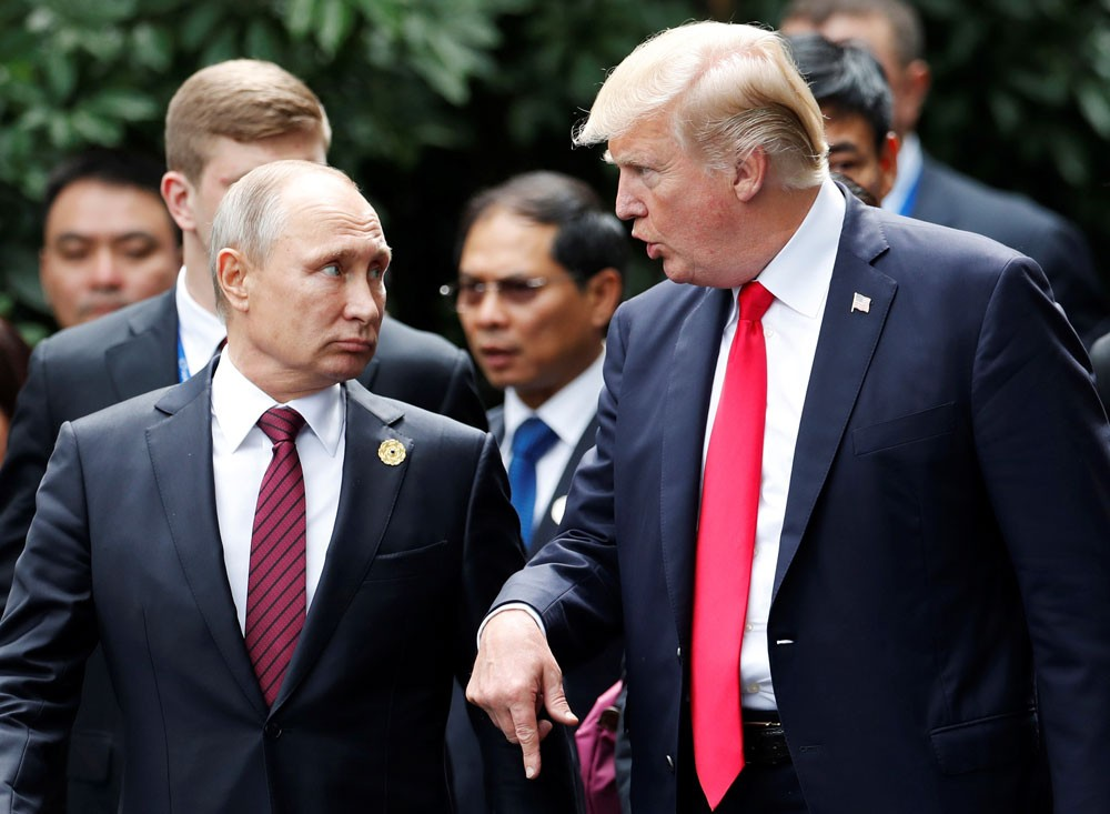 الكرملين يلمّح للقاء بين بوتين وترمب هذا الصيف