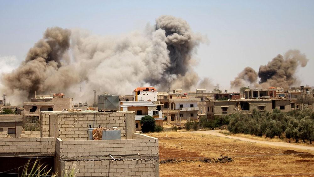 سوريا.. مقتل 46 في ضربات جوية للنظام على درعا