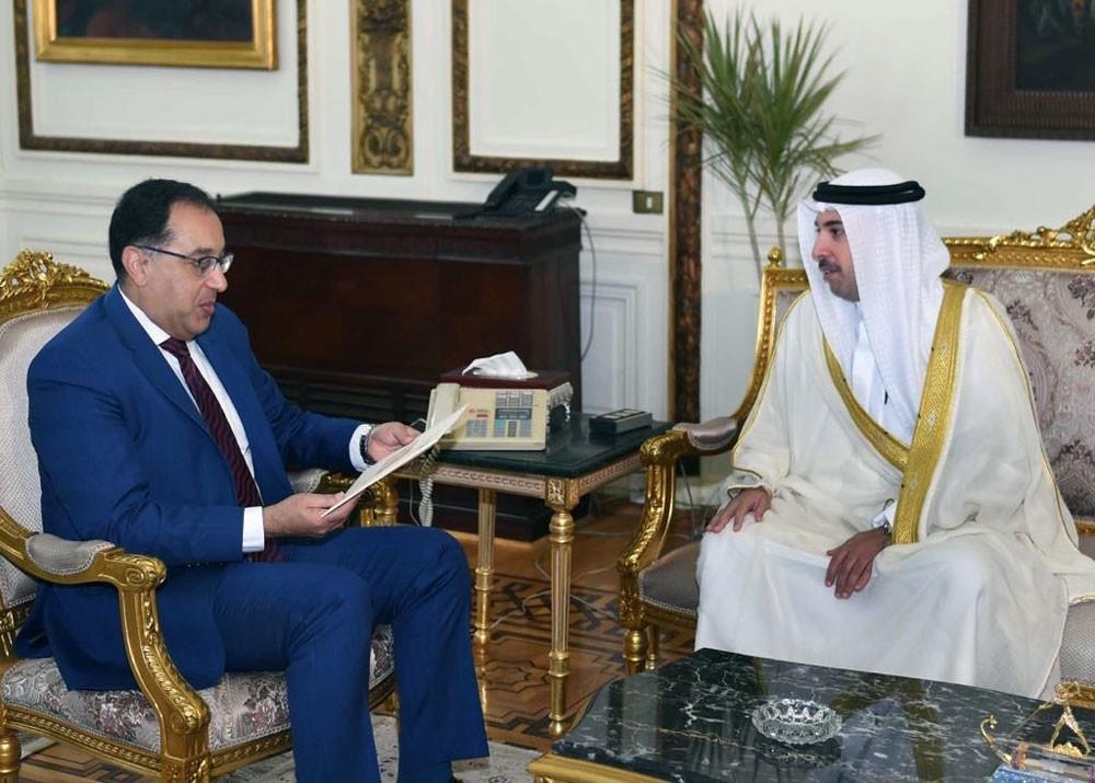 رئيس وزراء مصر يستقبل سفير البحرين