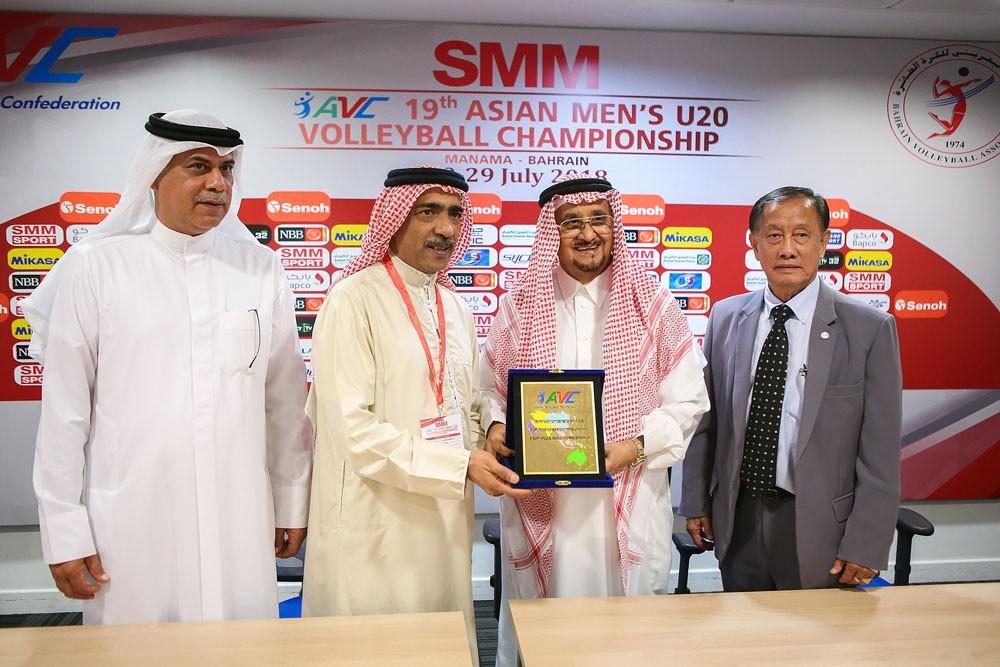 صالح بن ناصر: فخورن بما تقدمه البحرين للطائرة الآسيوية ومطمئنون للنجاح