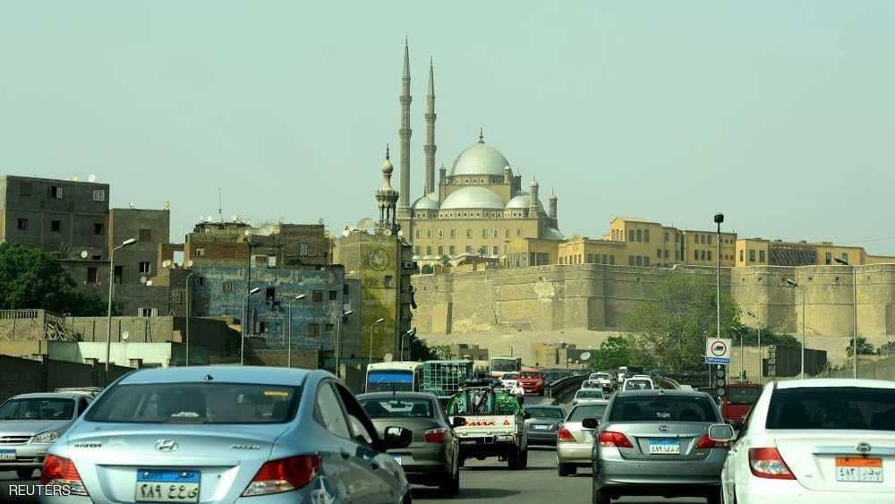 """قانون مصري يتوعد المشاركين في """"تحدي كيكي"""""""
