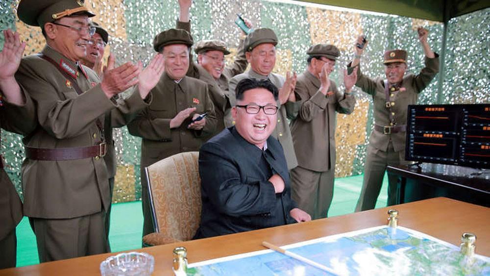 الاستخبارات الأمريكية تشكك في نوايا كوريا الشمالية الصاروخية!