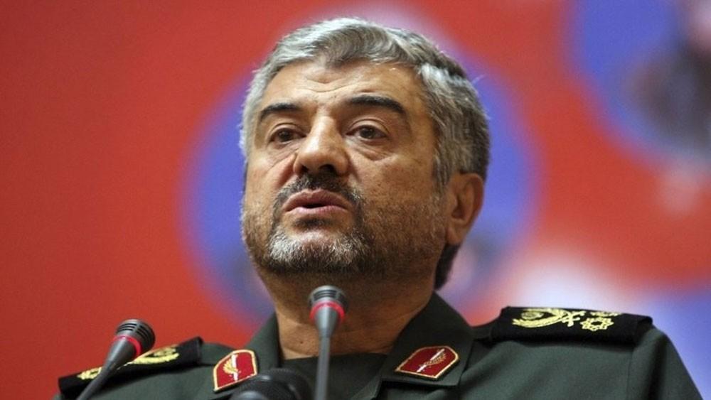 قائد الحرس الثوري لترمب: إيران ليست كوريا لترضخ للتفاوض