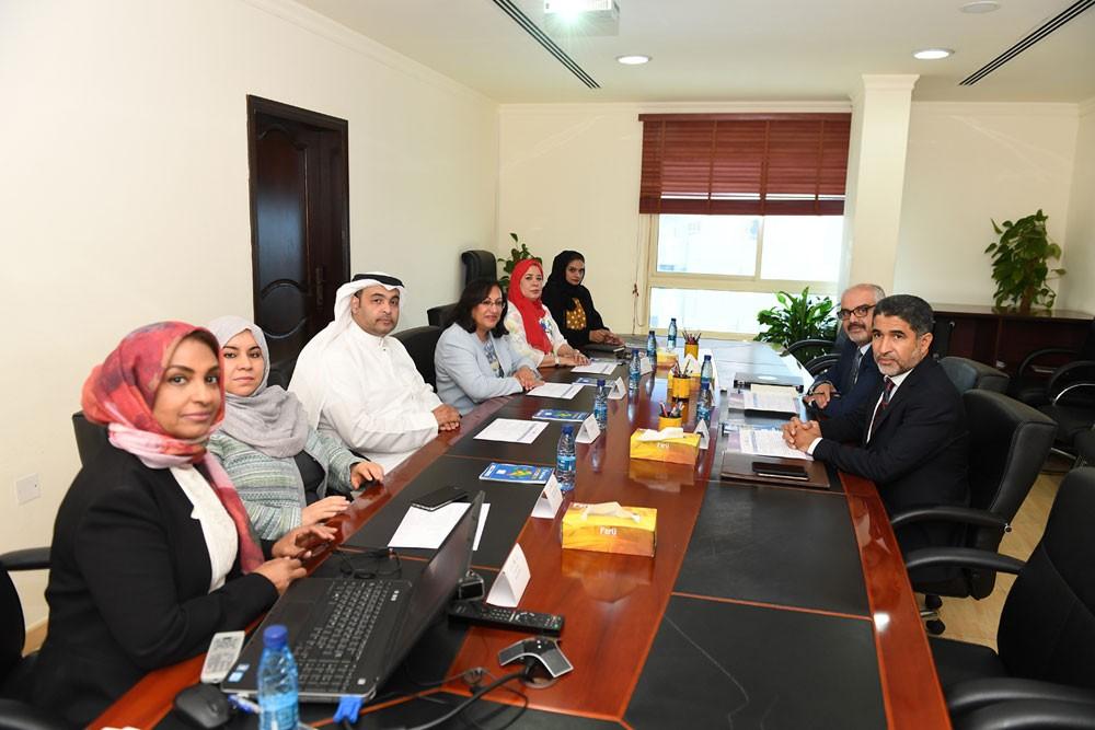 """وزيرة الصحة """"الصالح"""" تستقبل المدير الإقليمي لمنظمة الصحة العالمية لإقليم شرق المتوسط"""