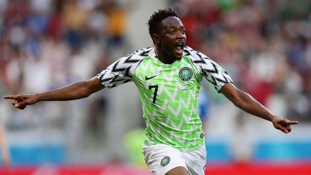 رسمياً.. النصر يضم الدولي النيجيري أحمد موسى