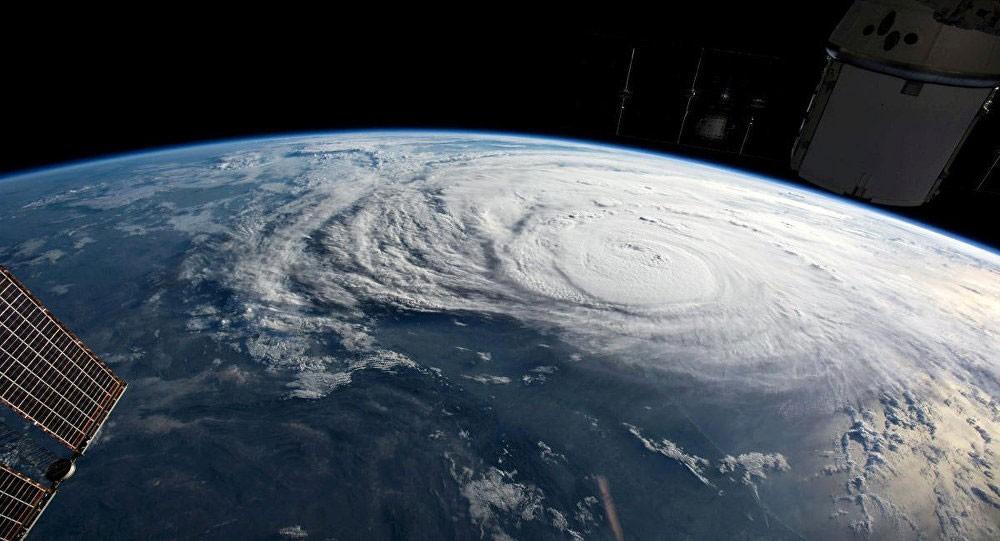 الإعصار جون يتشكل في المحيط الهادي قبالة ساحل المكسيك