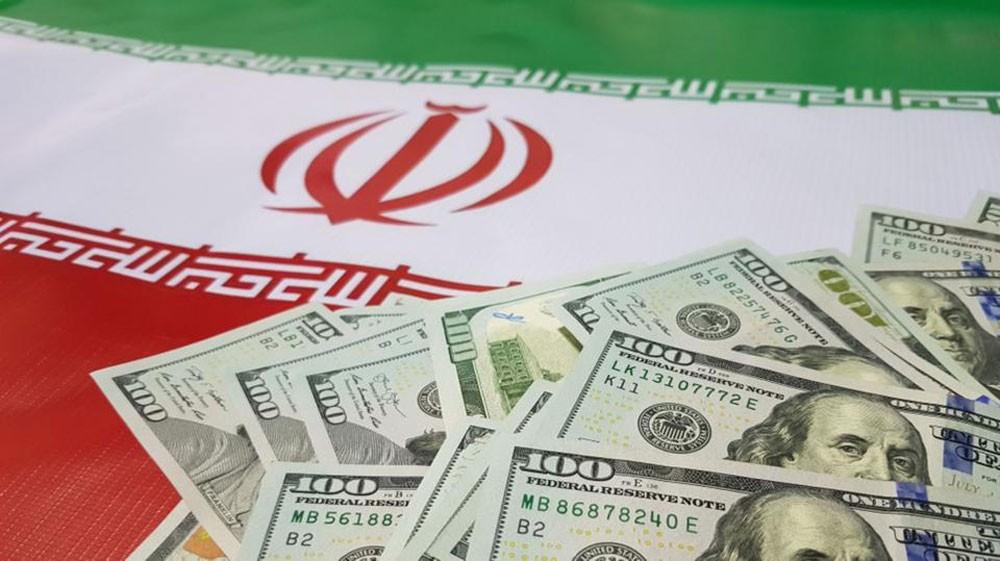 "نائب إيراني يكشف ""اختفاء"" 9 مليارات دولار"