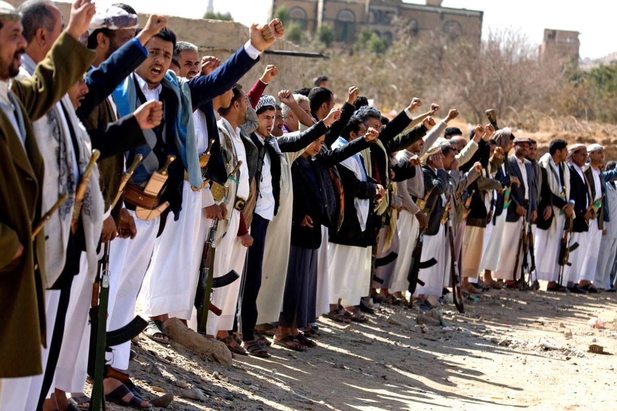 الحوثيون يحتمون بدروع بشرية في مركز الدريهمي