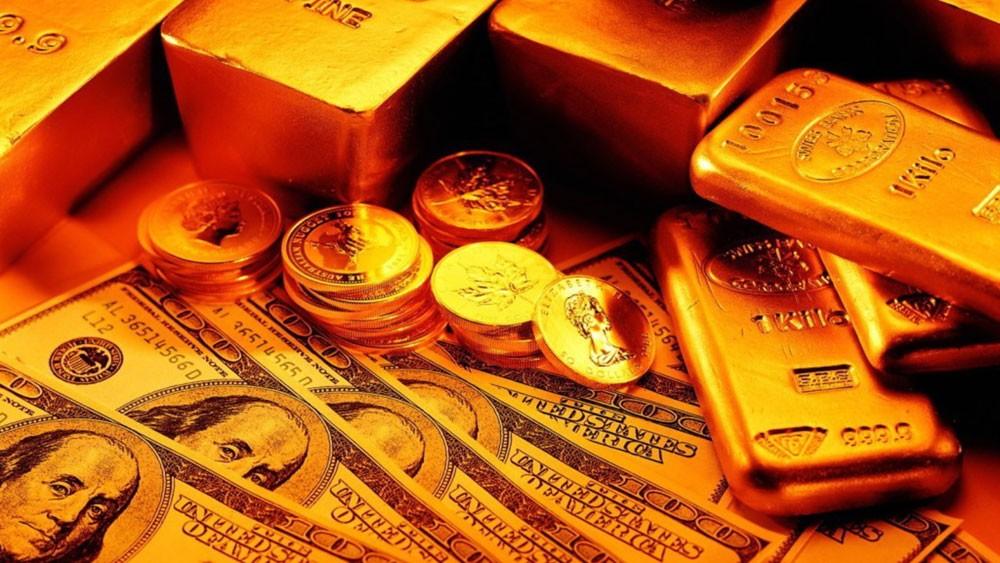 انتقاد ترمب للفيدرالي هوى بالدولار.. وأنعش أونصة الذهب