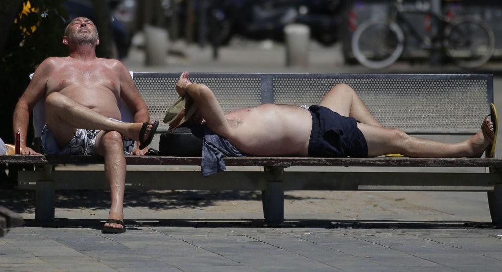 توقعات باستمرار درجات الحرارة أعلى من معدلاتها الطبيعية