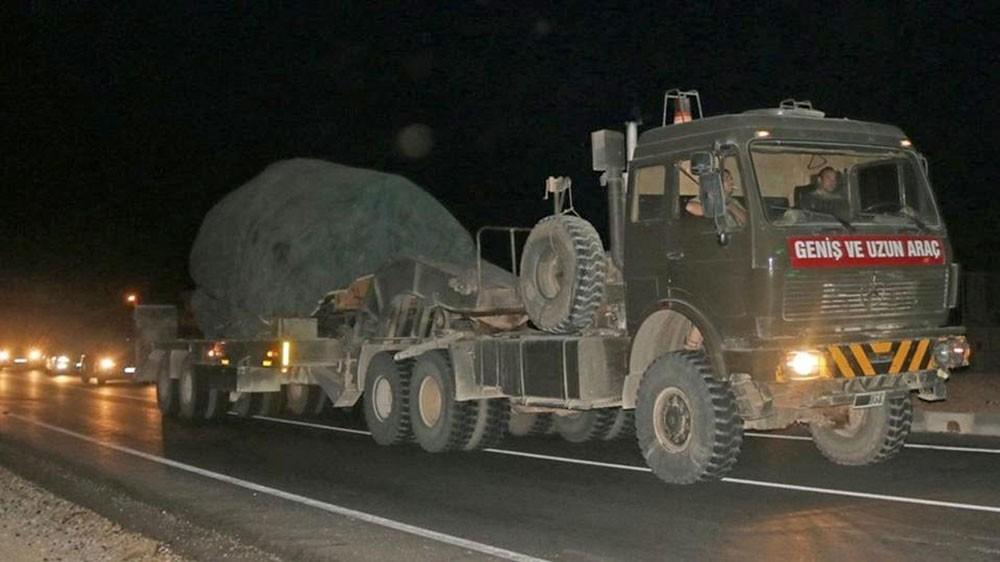 ترقب في إدلب.. وتركيا ترسل تعزيزات نحو الحدود السورية