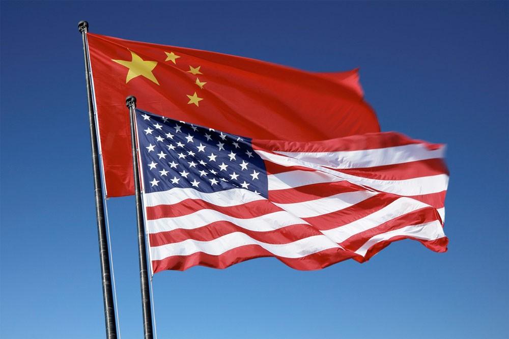 تصعيد الحرب التجارية بين واشنطن وبكين