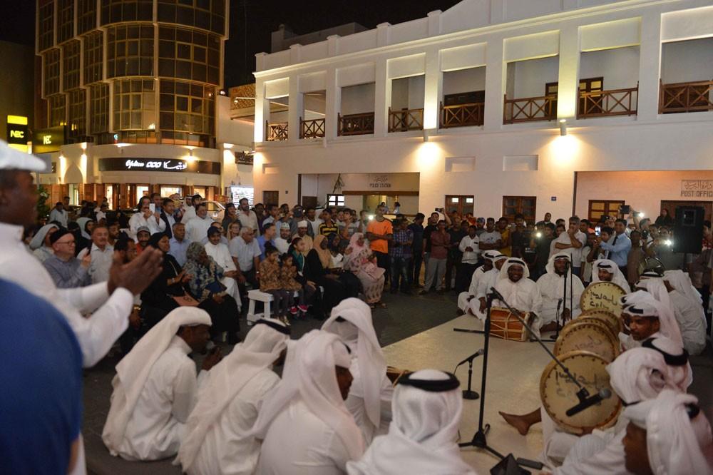 """""""الثقافة"""" تطلق سلسلة فعاليات """"الخامسة بتوقيت الباب"""" بباب البحرين"""