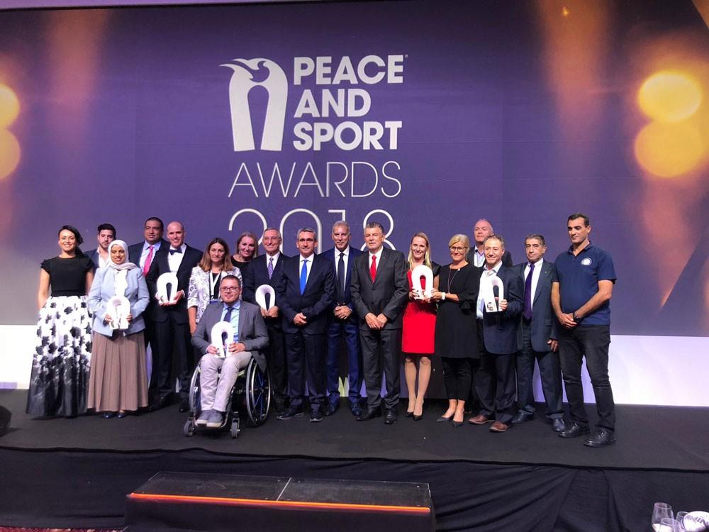 """"""" الشباب والرياضة """" تحصد المركز الأول كأفضل مبادرة باليوم الدولي للرياضة من أجل التنمية والسلام"""