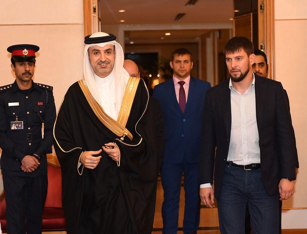 نائب الرئيس الشيشاني يصل البحرين لحضور افتتاح كأس العالم للطيران الحر