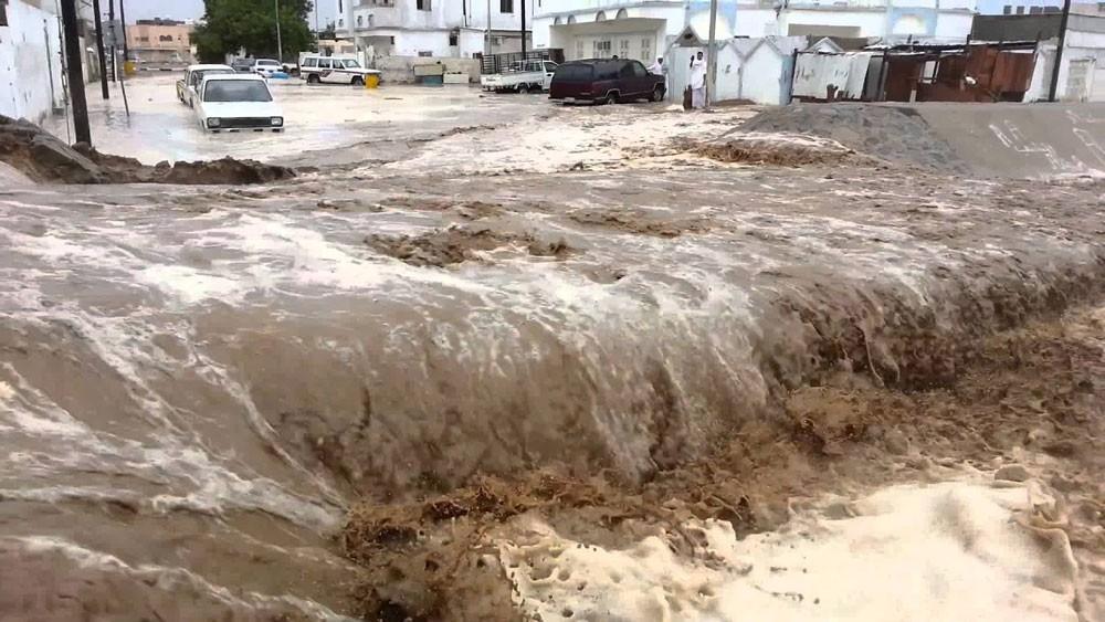 ارتفاع ضحايا السيول الجارفة بالأردن واستمرار البحث عن مفقودين