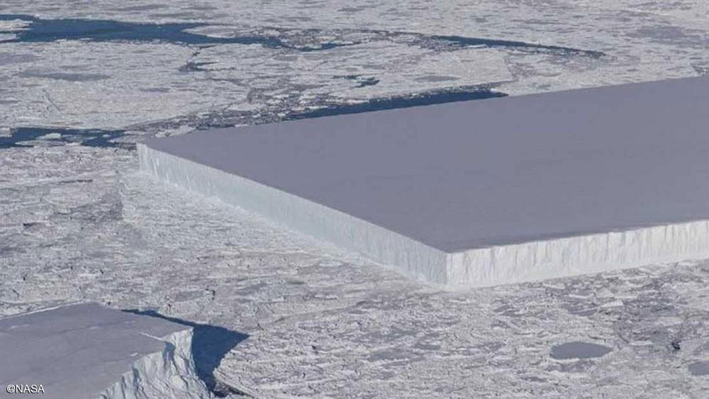 """ناسا تكشف صور جبل جليد """"لم تره عين"""" من قبل"""