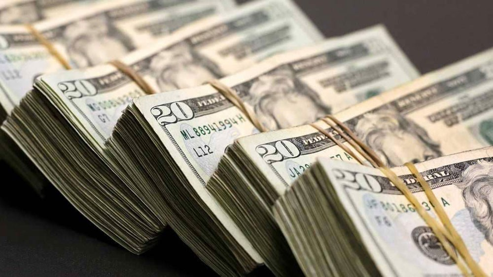 """الدولار """"يحلق"""".. وارتفاع جديد قريبا"""
