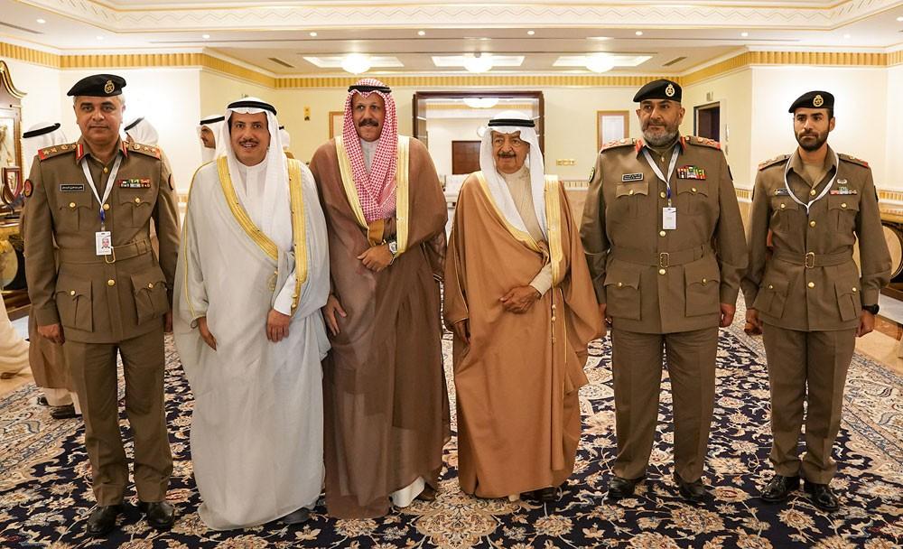 سمو رئيس الوزراء يشيد بما تشهده العلاقات البحرينية الكويتية من تقدم مستمر في مختلف المجالات