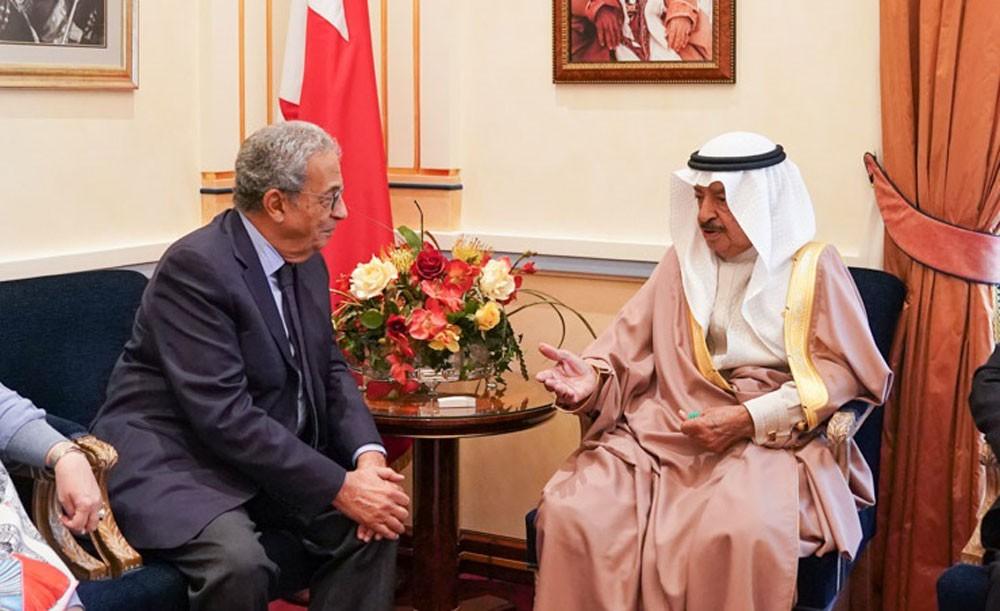 سمو رئيس الوزراء يستقبل معالي السيد عمرو موسى