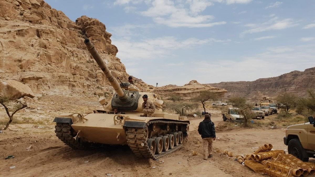 عملية التفافية للقوات المشتركة بالحديدة.. ويأس حوثي بصعدة