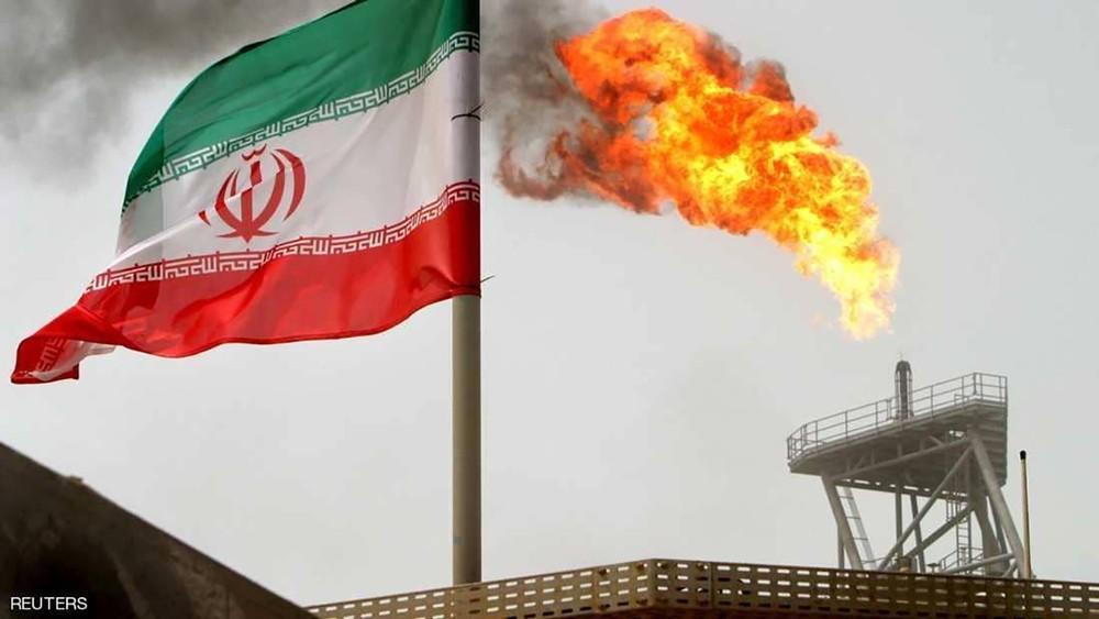 استثناءات عقوبات إيران تهبط بأسعار النفط