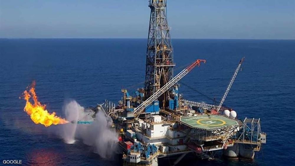 مصر تخصص 10 مليارات دولار للتنقيب عن البترول