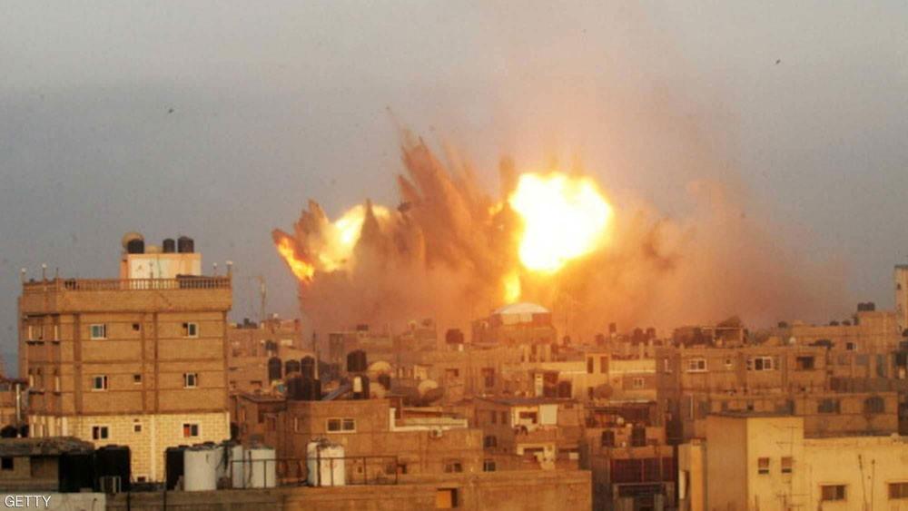 الطيران الإسرائيلي يقصف قناة الأقصى في غزة