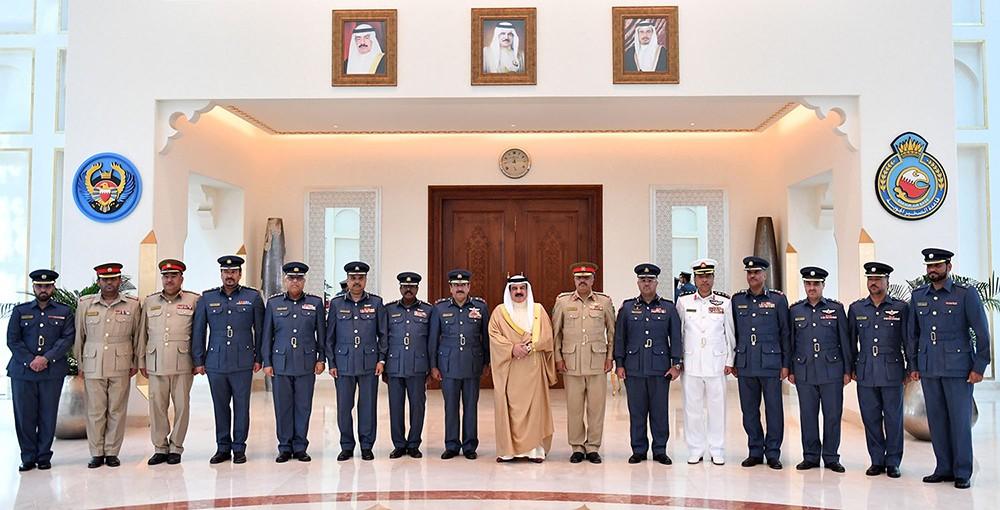 جلالة الملك المفدى يستقبل اللجنة العسكرية المنظمة لمعرض البحرين الدولي للطيران 2018