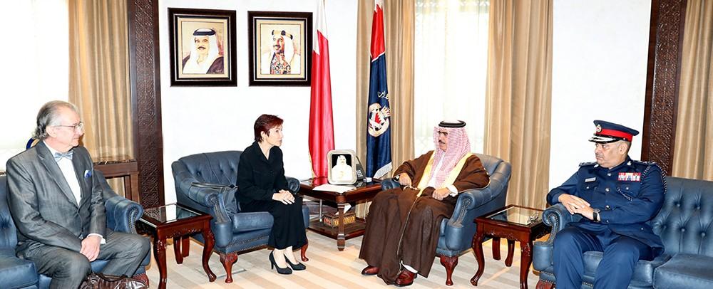 وزير الداخلية يبحث مع السفيرة الفرنسية عددا من الموضوعات ذات الاهتمام المشترك