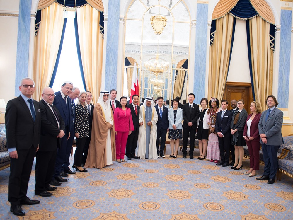 سمو رئيس الوزراء: البحرين تمد يدها دوما لمن يحمل أهدافا تحقق الخير والأمن والاستقرار