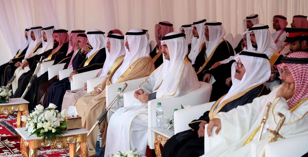 سمو محافظ الجنوبية يؤكد على ما تمثله مناطق مدينة خليفة من عمق تاريخي للأصالة البحرينية العربية