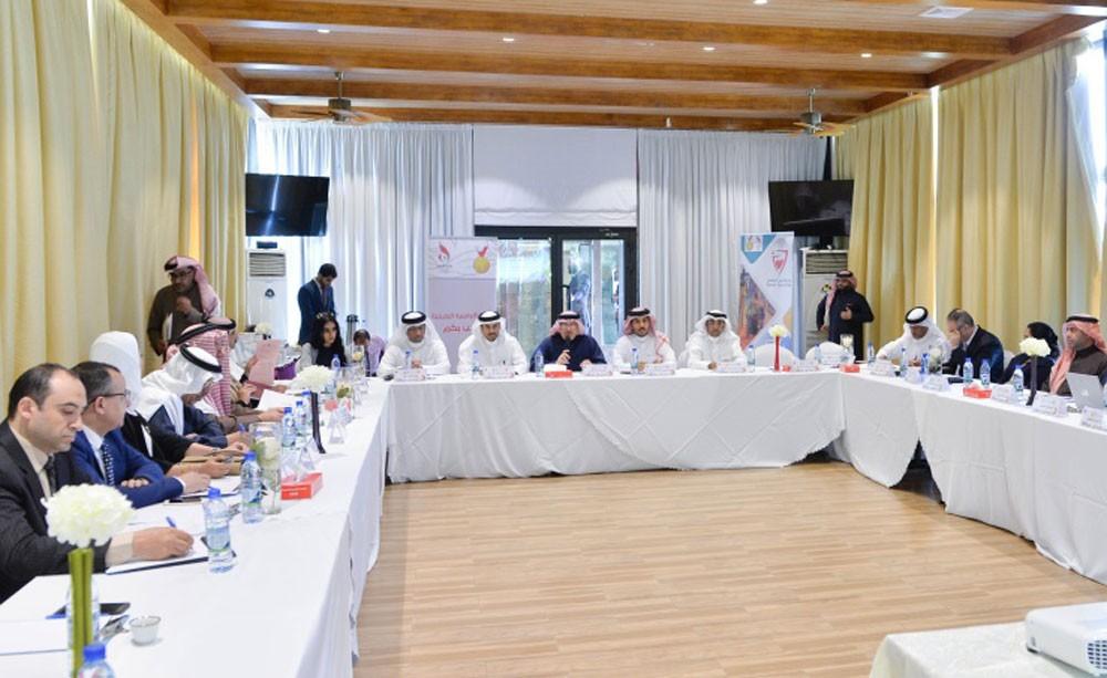 عسكر يتراس اجتماع لليوم الرياضي الثالث