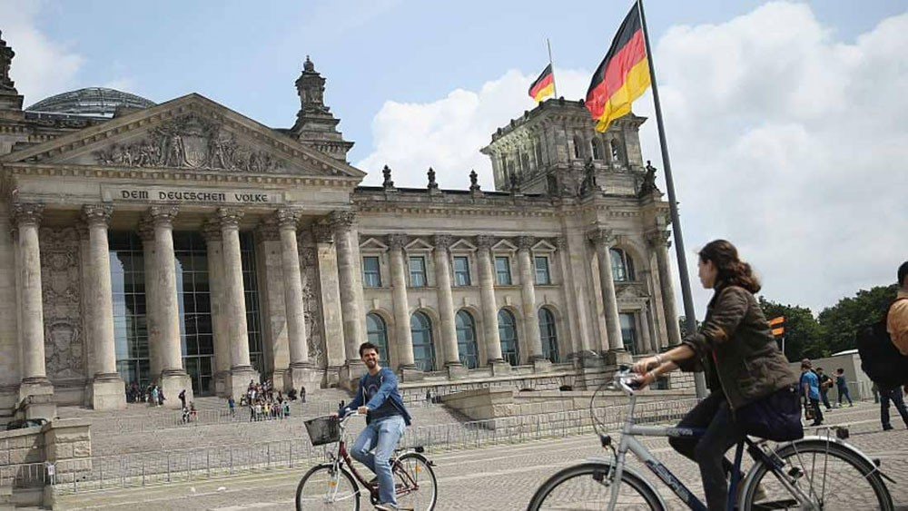 """رسميا.. ألمانيا تعترف بـ""""الجنس الثالث"""""""