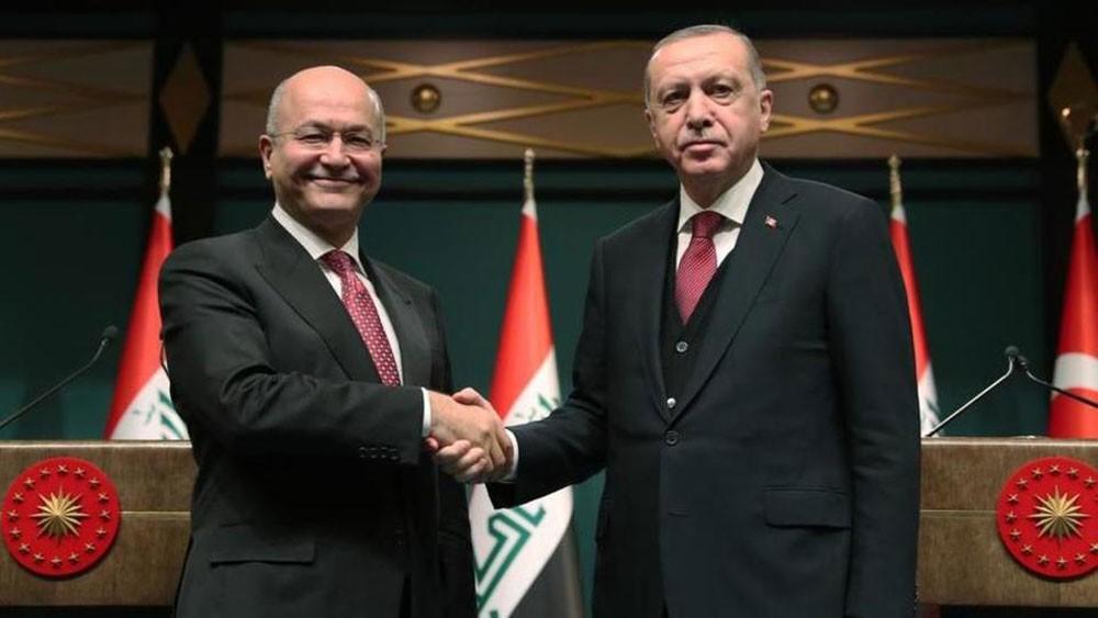 بعد توترات.. تركيا والعراق يعززان التعاون ضد الإرهاب