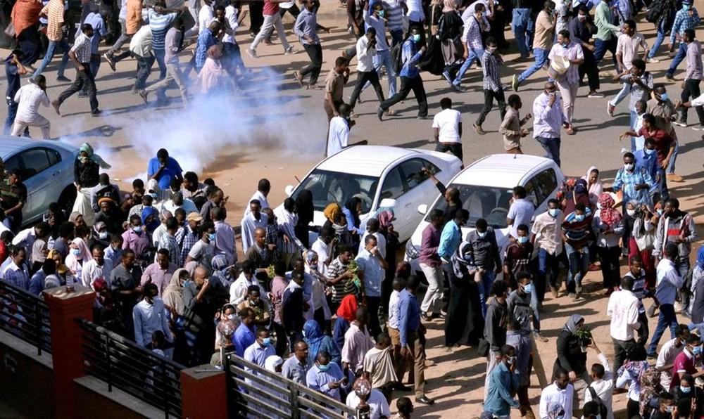 احتجاجات السودان.. دعوة لمسيرة باتجاه القصر الرئاسي